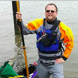 Davis Janowski still prefers paddling his kayak on Manhattan's perimeters but he is also pleased to chronicle the floating of technology ideas.