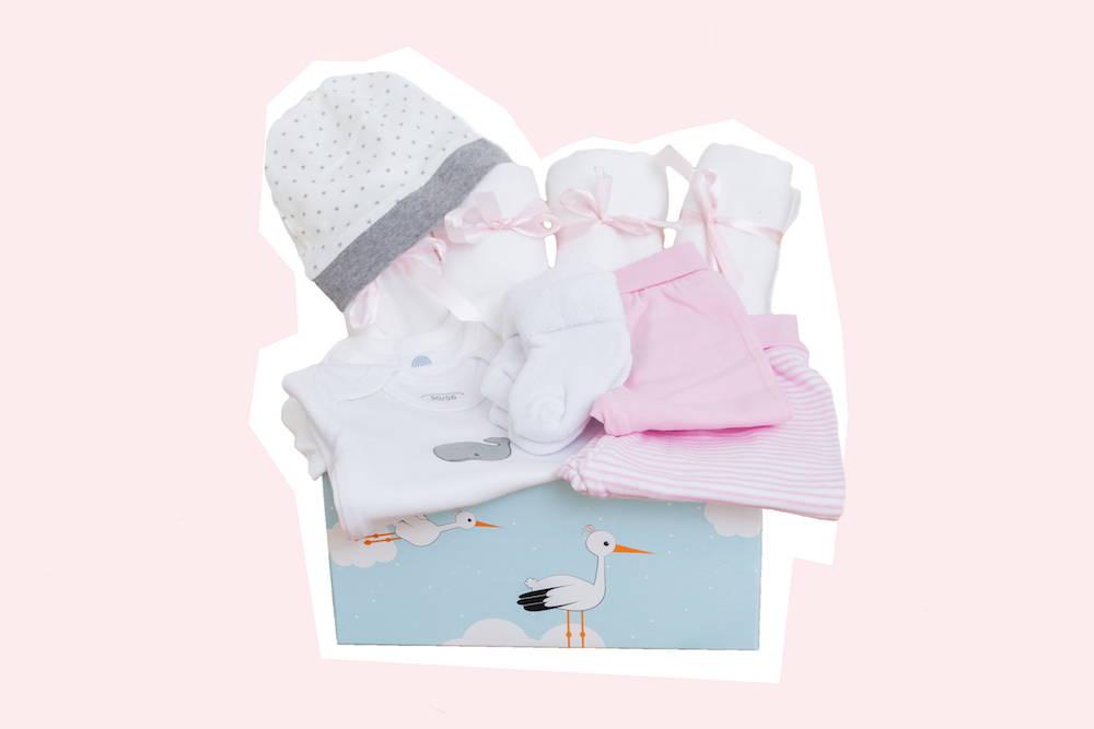 Babystarterset für Mädchen als Babyerstausstattung von Taidasbox