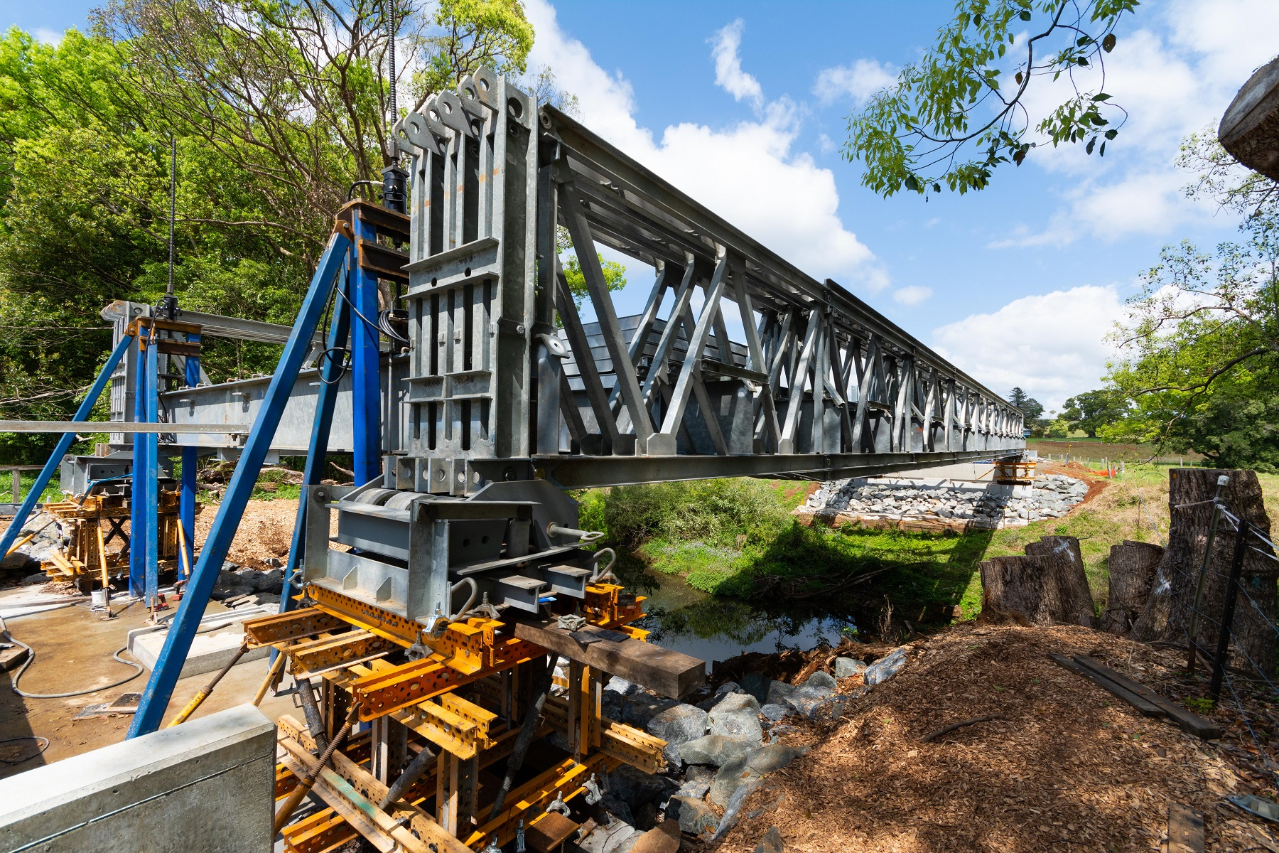 Bridge lowering falsework at James Creek bridge