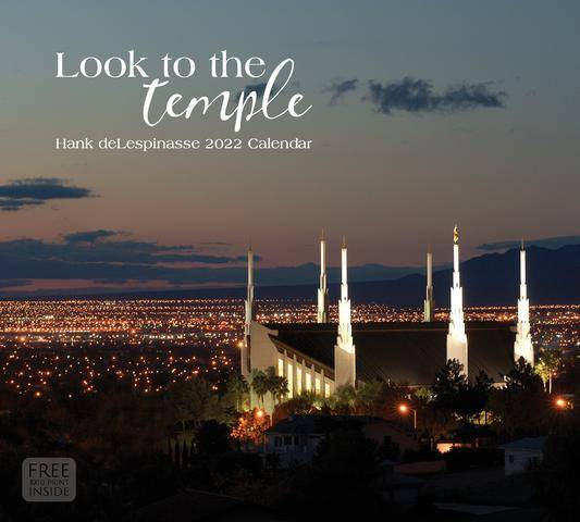 2022 Calendar feautring an evening photo of the Las Vegas Temple.