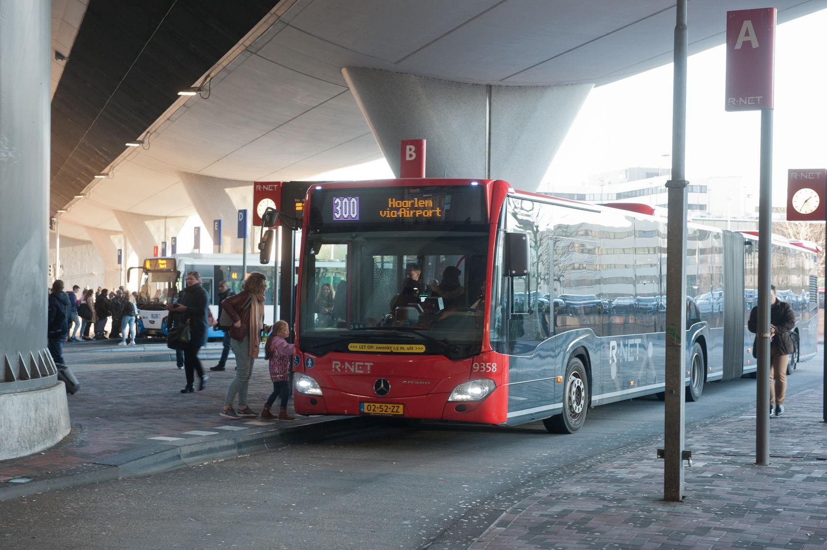 station bijlmer arena-7464