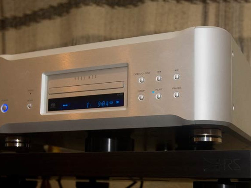 Esoteric K-01 Reference SACD  Delivers a stress-free musical experience  WORLD CLASS - BEST in Class Player