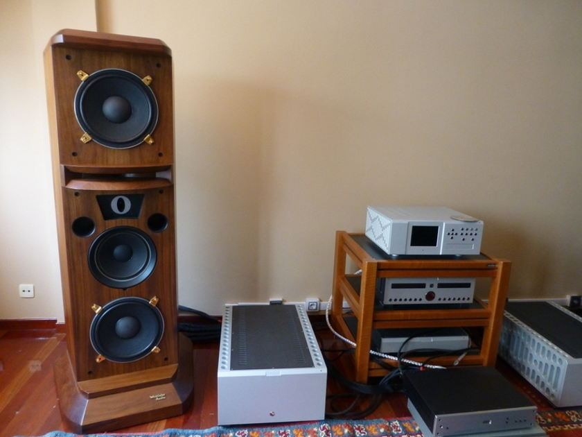 Westlake Audio Tower HR-7