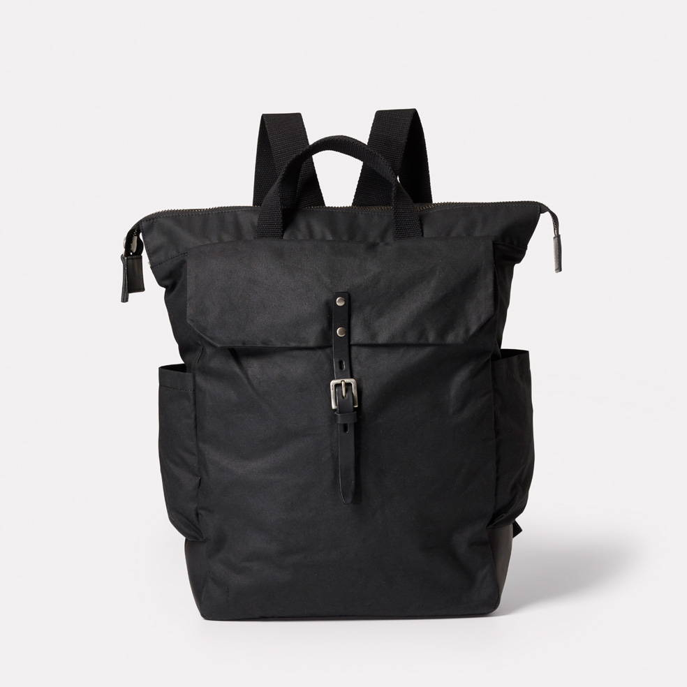 Fin Backpack in Black