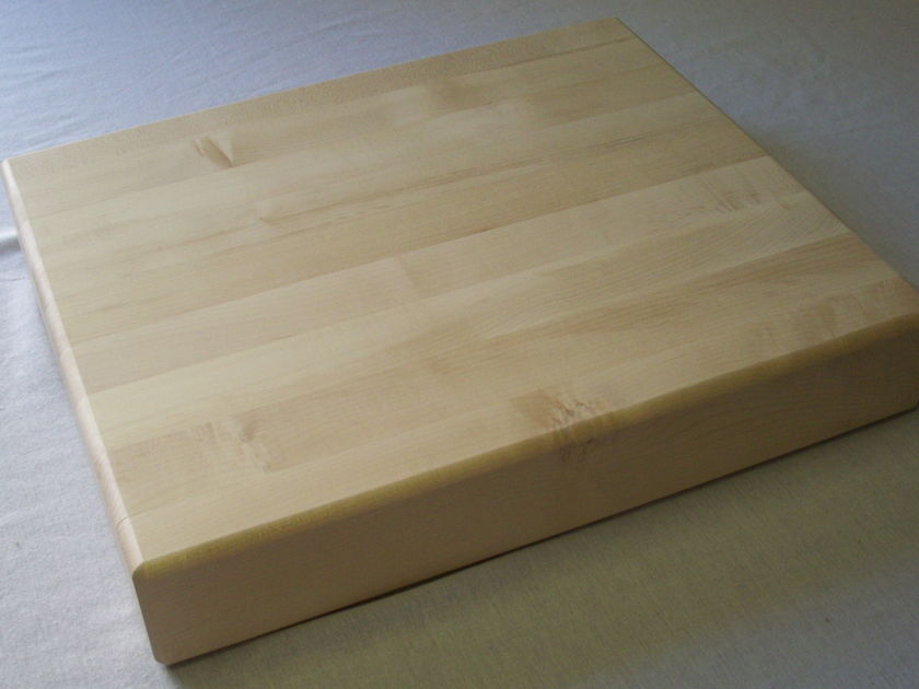 Michigan Maple Block AUD21183  21 x 18 x 3 Isolation Platform