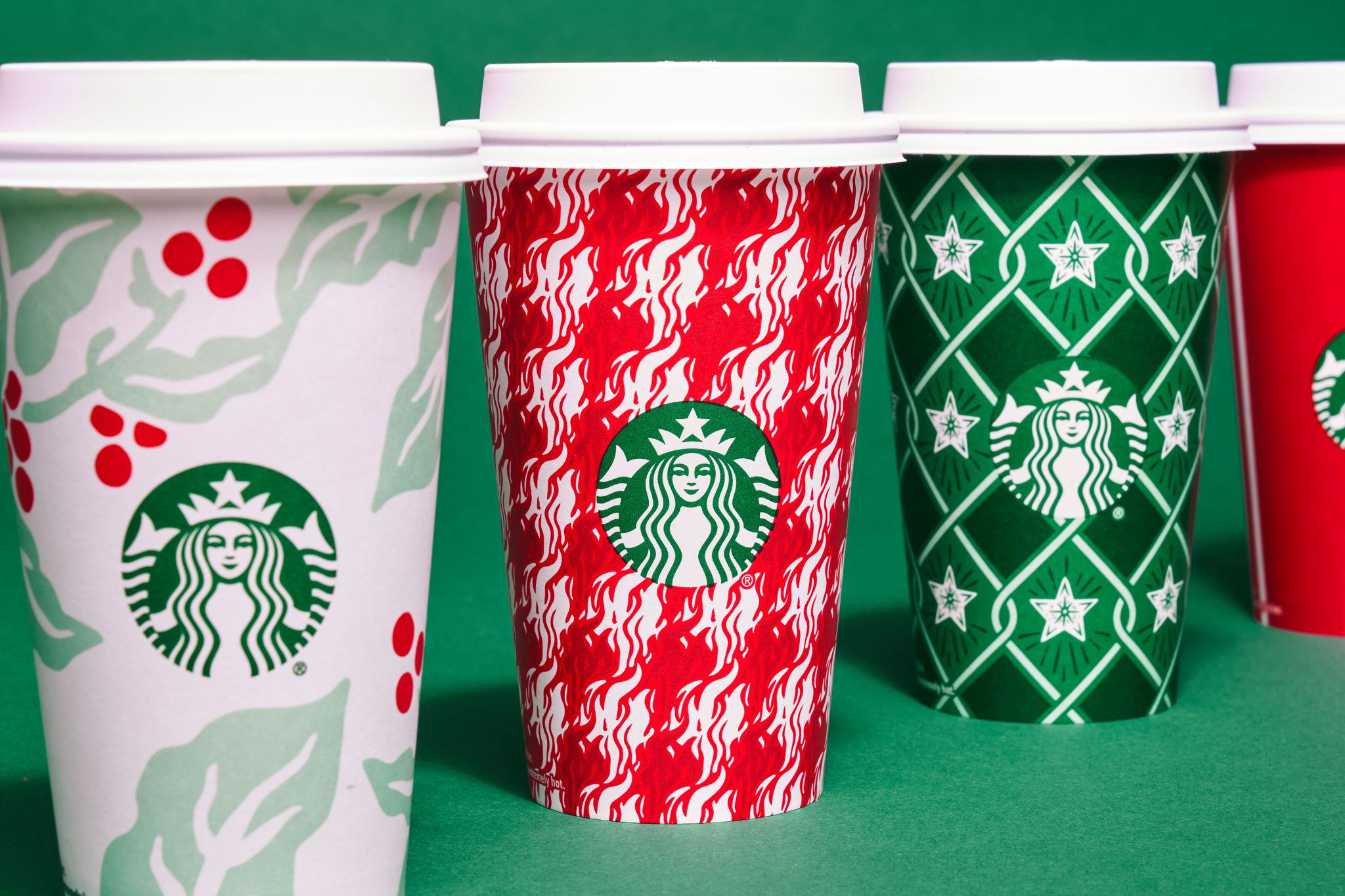 The_Dieline_Starbucks_Holiday-JStrutz-103018-0101_1.jpg