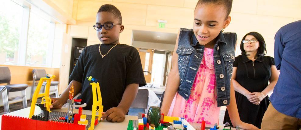 kids lego building challenge