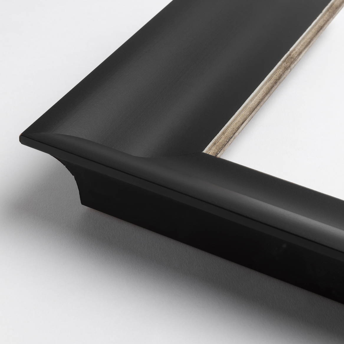 TV-Mirror Concave Black Frame by FRAMING TO A T