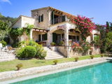 House with well maintained garden and pool for sale in Pollensa in Mallorca