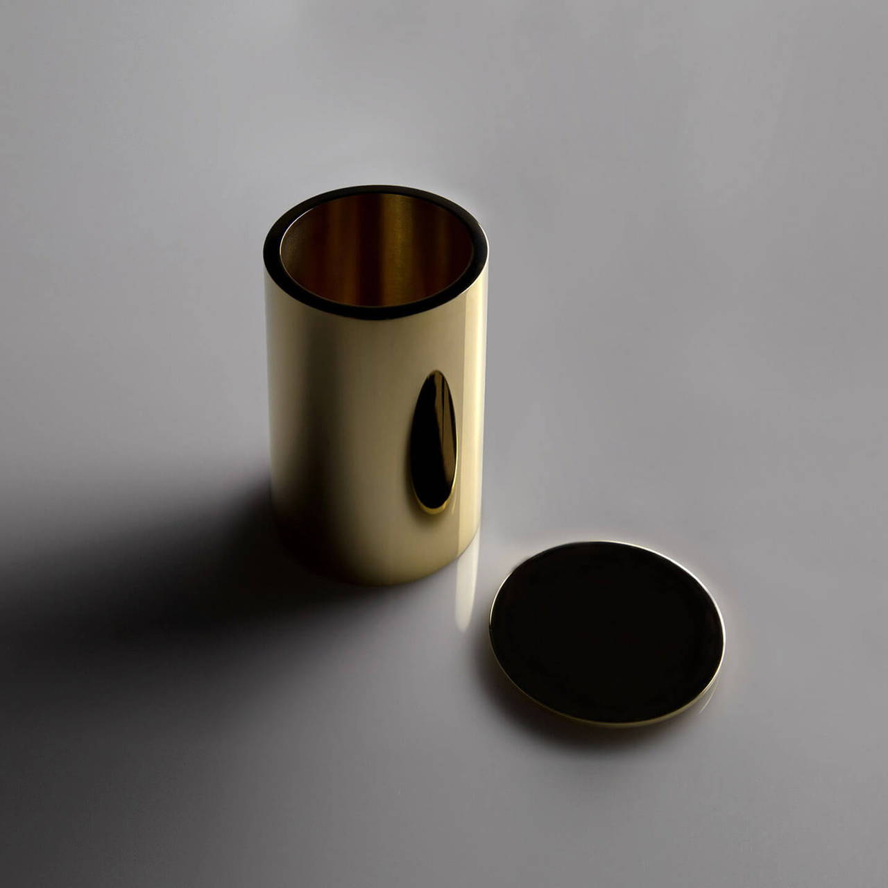 Polished Brass Pot 90 with Lid