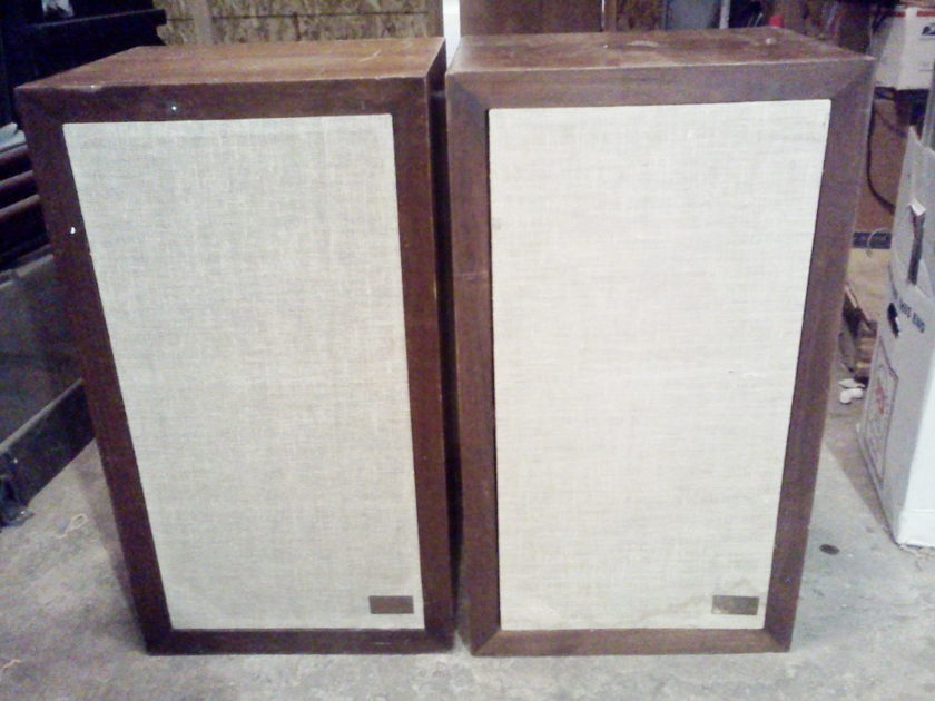 Acoustic Research  AR-3a Speakers Pair