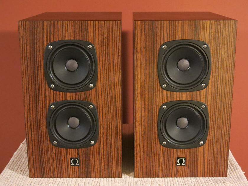 Omega  Outlaw Super U Speakers