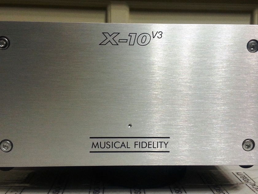 MUSICAL FIDELITY X-10 v3 MU-VISTA TUBE BUFFER