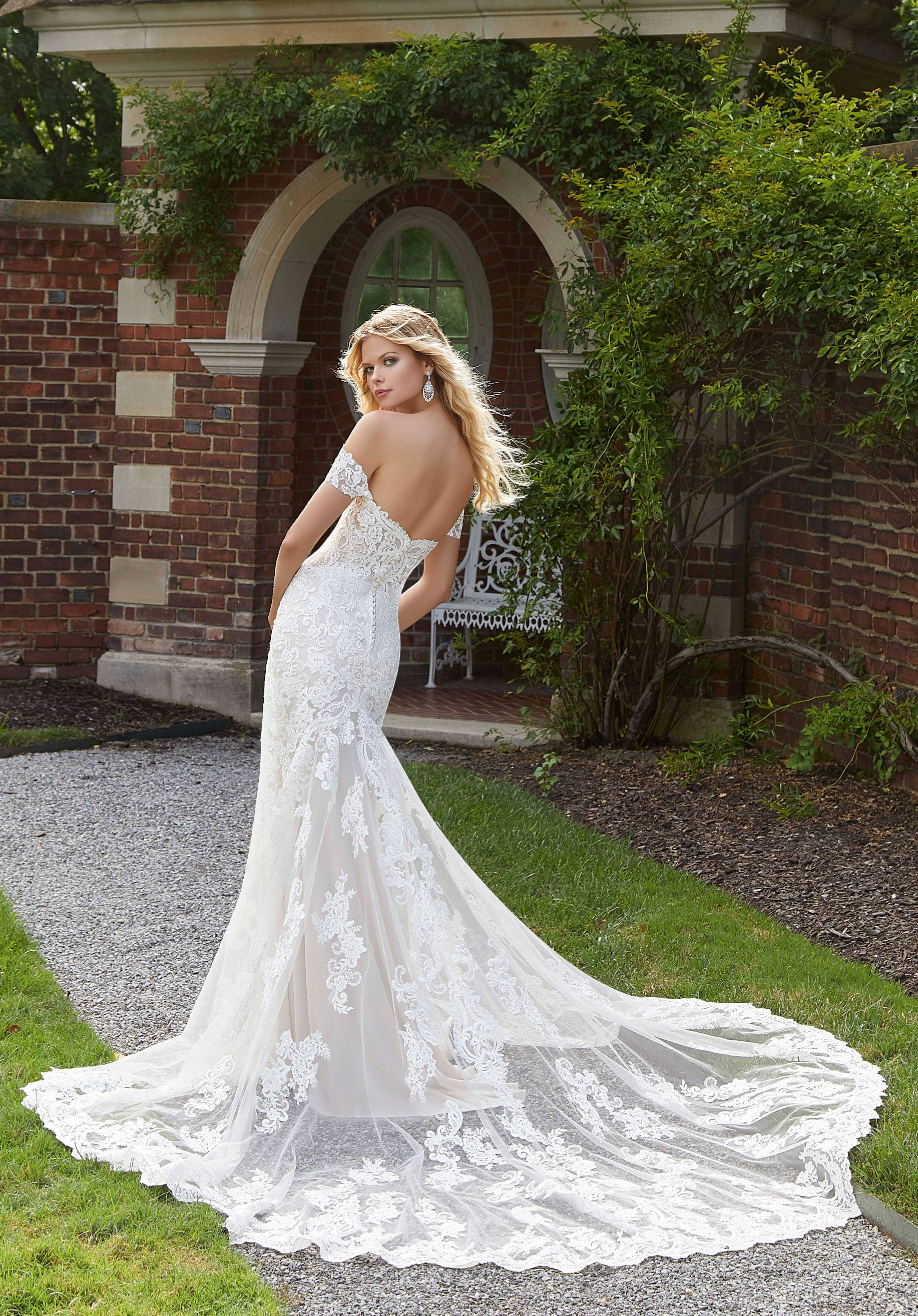 ALLURE  WEDDING DRESS 2026