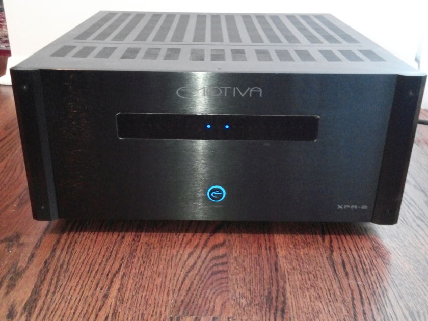 Emotiva XPA-2 GEN 2 POWER AMP