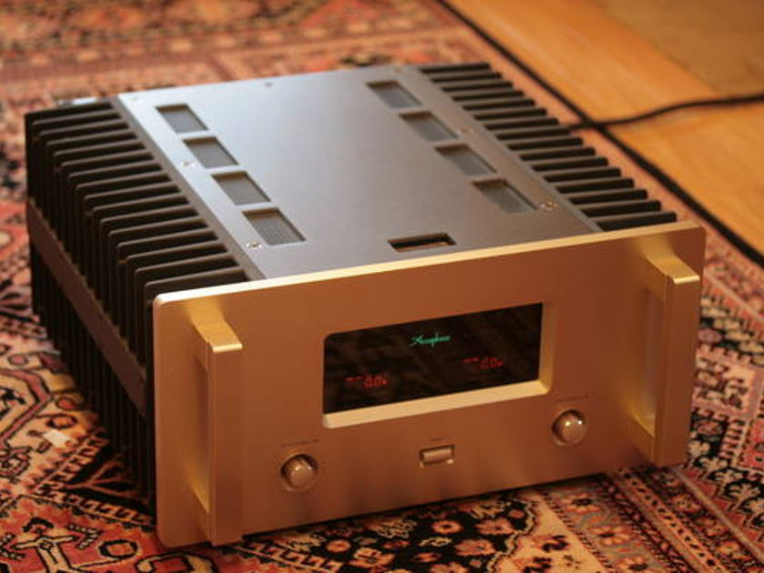 Accuphase A-50 50 WPC Pure Class A - REDUCED