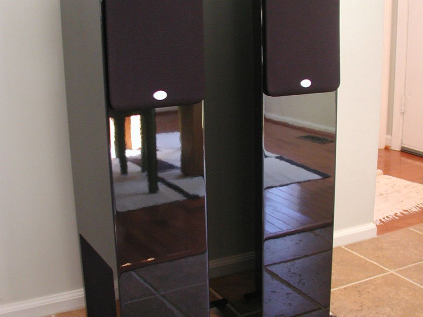 NHT ST4 Floor standing speakers