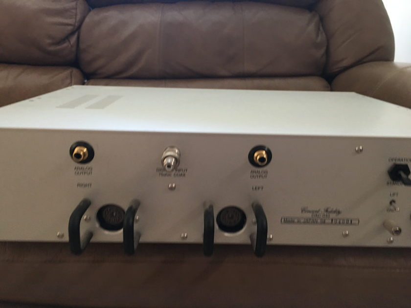 Concert Fidelity  DAC 040 ( Very nice DAC from Japan)