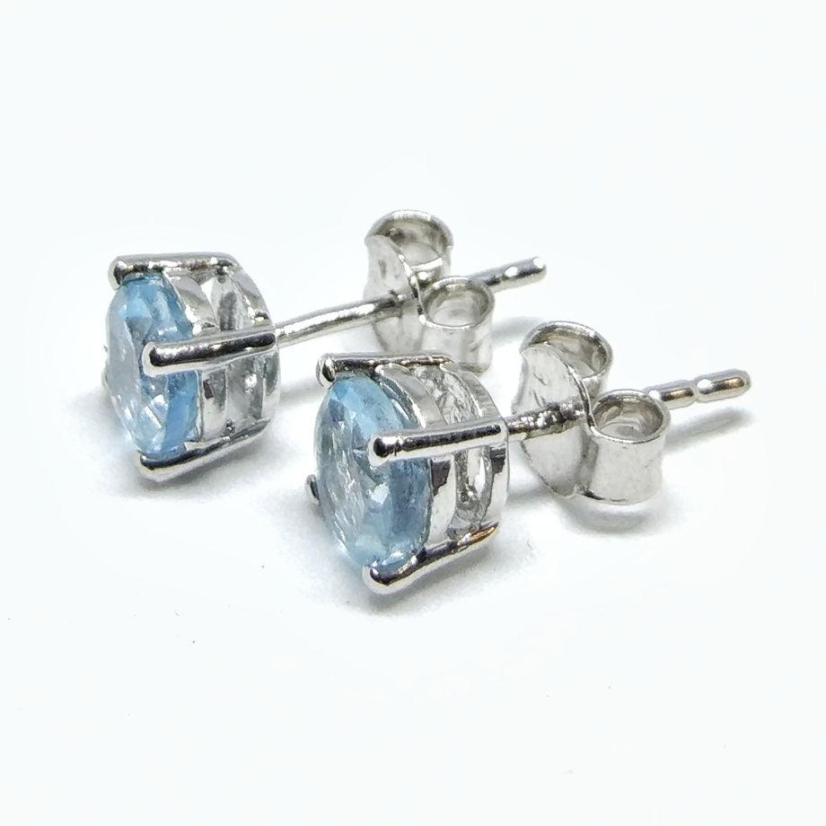 Серьги гвоздики топаз голубой серебро 925