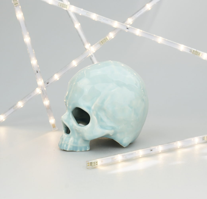 """Керамический череп цвета """"Небесный"""" ручной работы"""
