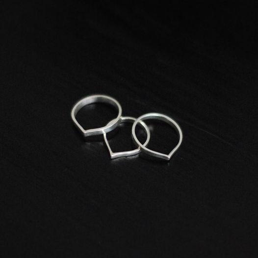 Кольцо из серебра Капля