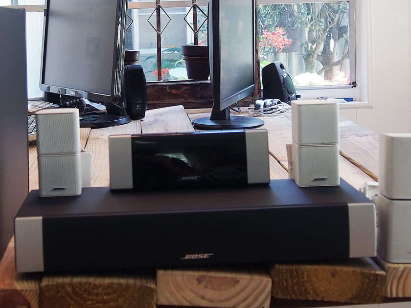 Bose Bose Lifestyle V20 Home Theater System Bose Lifestyle V20 Home Theater System