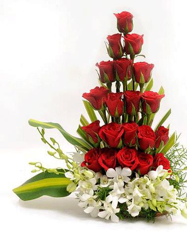 HF Roses & Orchids Basket