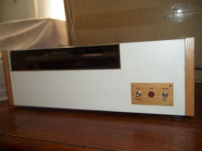 VPI  HW-17 Record vacuum cleaner system