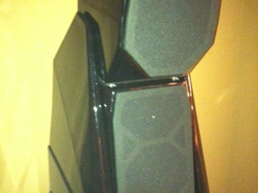 WILSON  MAXX 3 SPEAKERS HOLIDAY SPECIAL