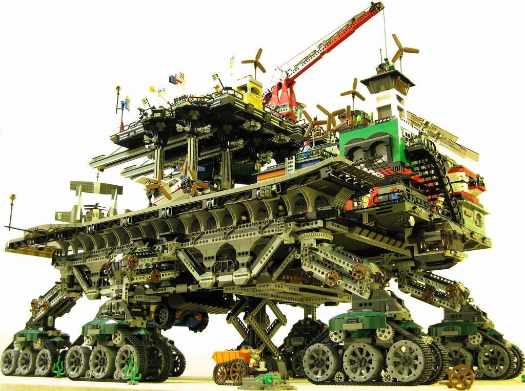 Crawler Town lego