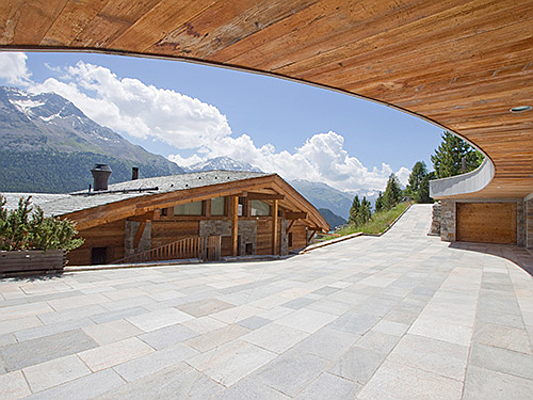 Visp - Engel & Völkers Ski Resorts Top 10 Ranking. Highest priced residence in St. Moritz for 46.7 million €. Price per sqm of 33,900 € for apartment in Gstaad. (Credit: Engel&Völkers St. Moritz)