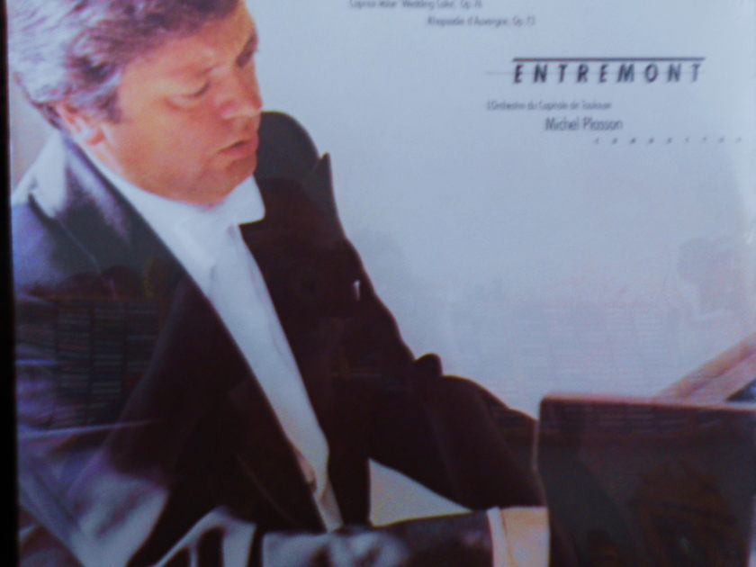 FACTORY SEALED ~ PHILIPPE ENTREMONT ~ SAINT-SAENS ~  - PIANO CONCERTOS ~ MICHAEL PLASSON ~ COLUMBIA M 35162 FRANCE (1979)