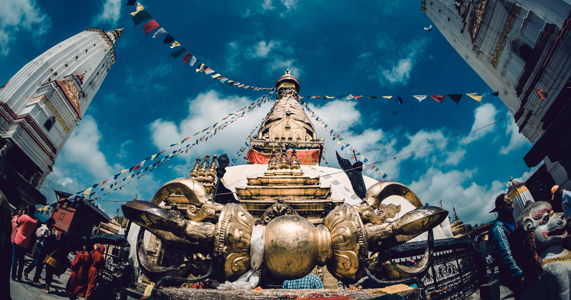 top-small-group-tours-to-nepal
