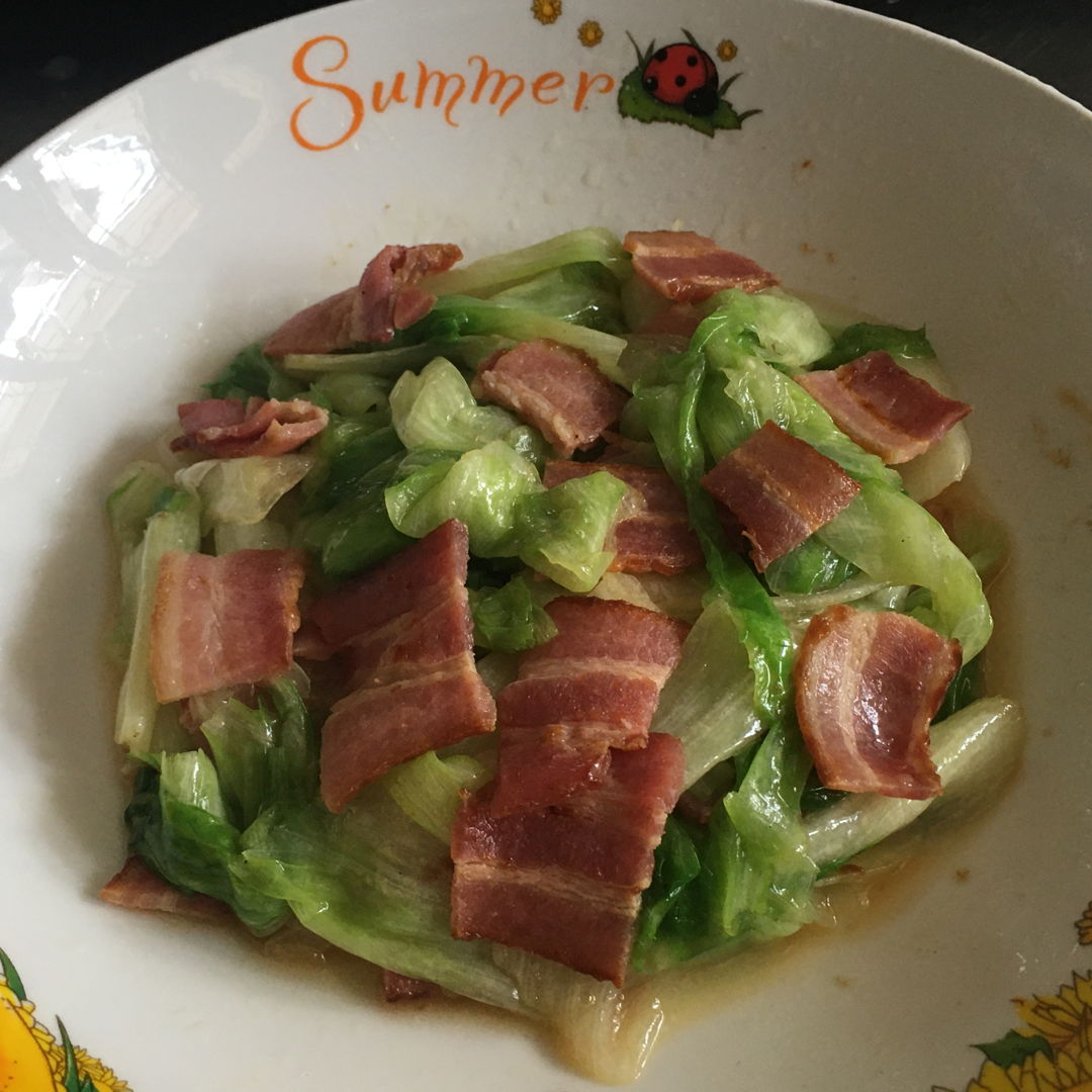Simple stir fry lettuce with smoked bacon