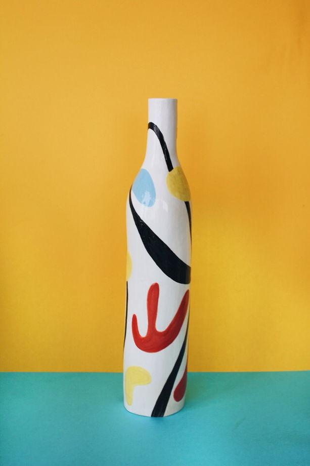 Ваза-бутылка с росписью