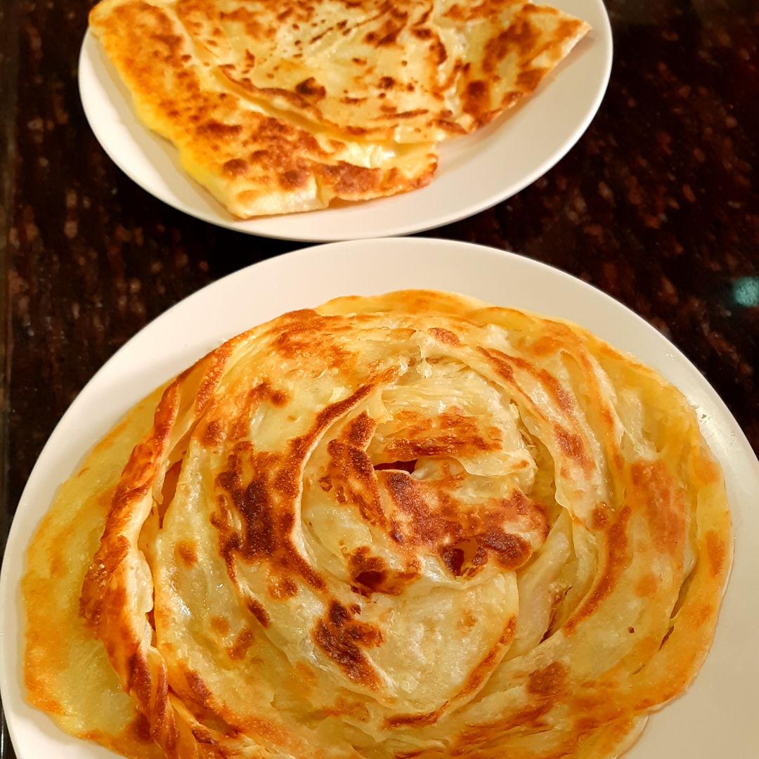 Roti canai flaky and roti telur bawang. Thank you Grace for the recipe.