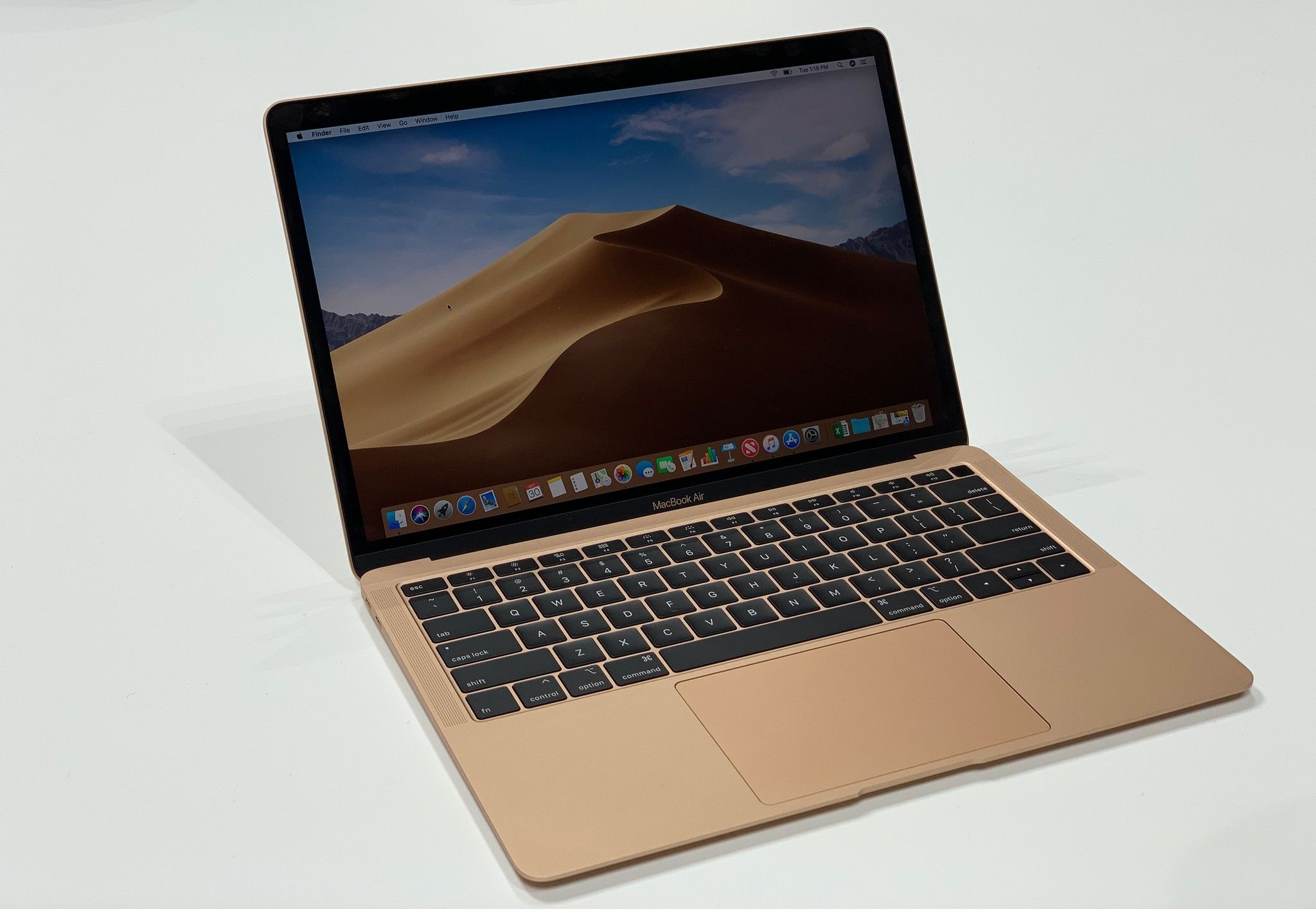macbook-air-2018-hero-02.jpg