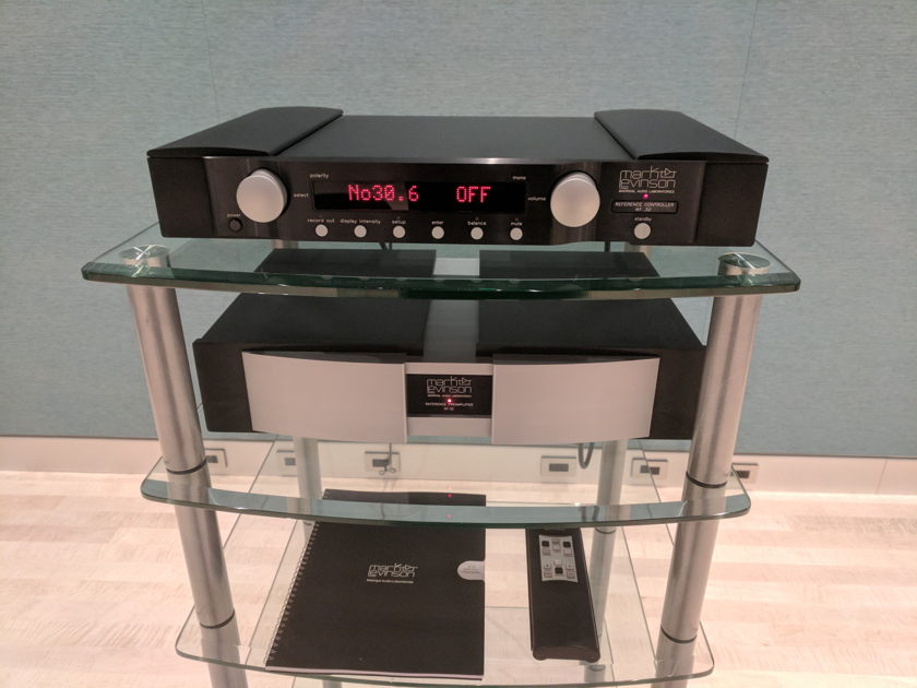 Mark Levinson No 32 Reference Stereo Preamplifier