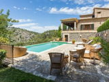 House with large plot for sale in the village of Deià