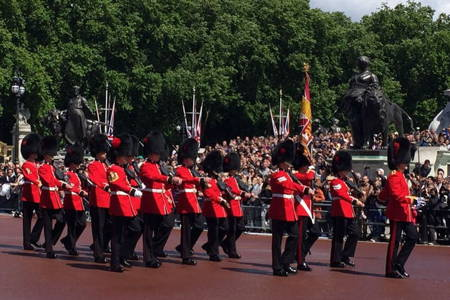 Changing guards Lon cropped.jpg