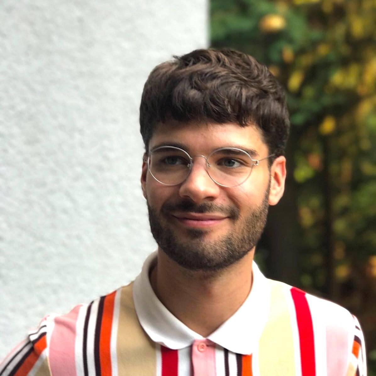 Dr. med. Max Jäger, Bruder von Johanna