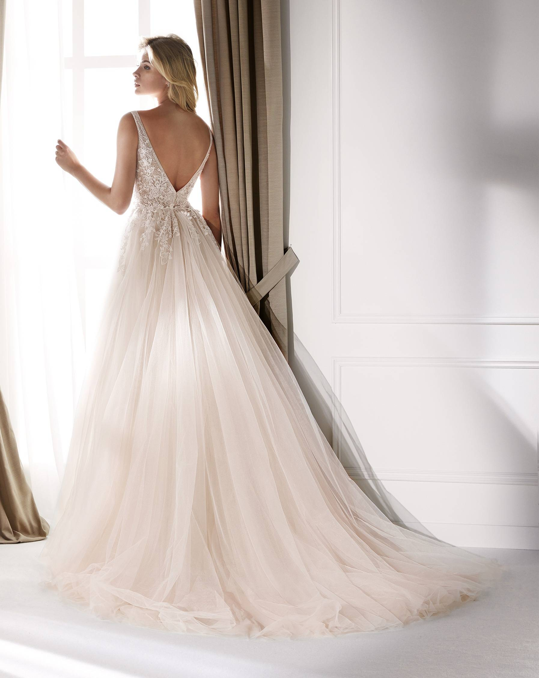 NICOLE MILANO NIA20352 WEDDING DRESS