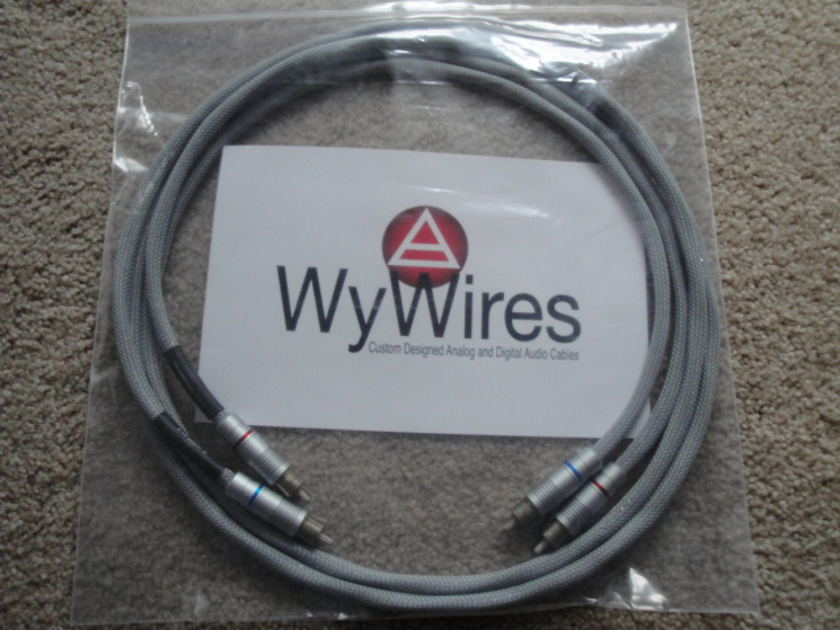 WYWires Silver 1.5 meter Inter connect RCA