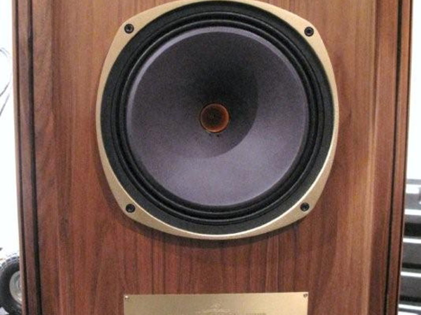 Tannoy Canterbury SE worldwide ship from europe