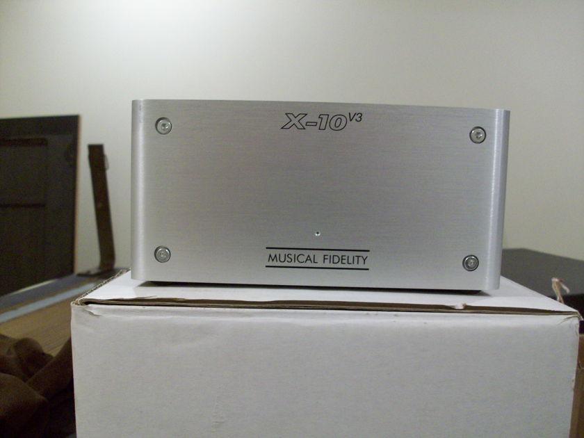 Musical Fidelity X-10v3 Tube buffer w/ wall wart power supply