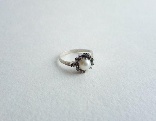 Кольцо с жемчужиной,  размер 16