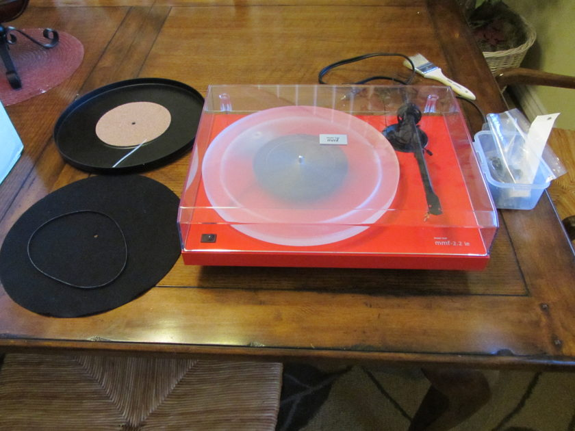 Music Hall MMF 2.23LE Ferrari Red w/upgraded acrylic platter