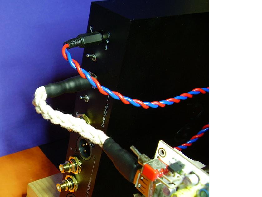 Elijah Audio Super Short Silver USB Cable without  the Power lead