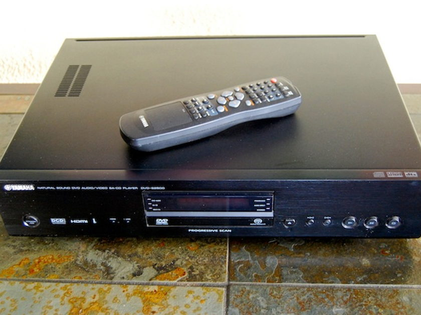Yamaha DVD-S2500 Super Audio CD and DVD player
