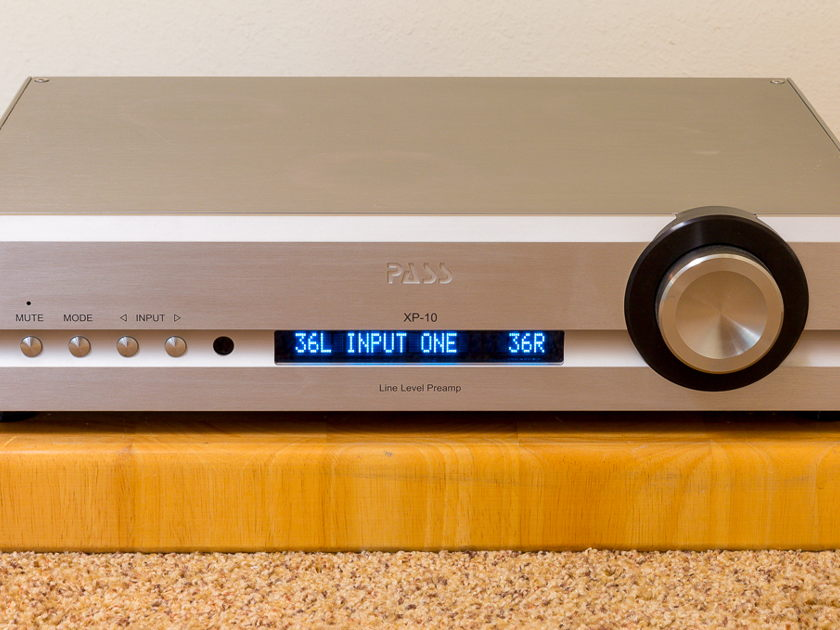 Pass Labs XP-10 Preamplifier